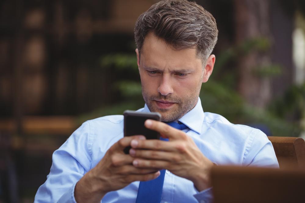 Slik lykkes du med live chat på nettsidene (for B2B)