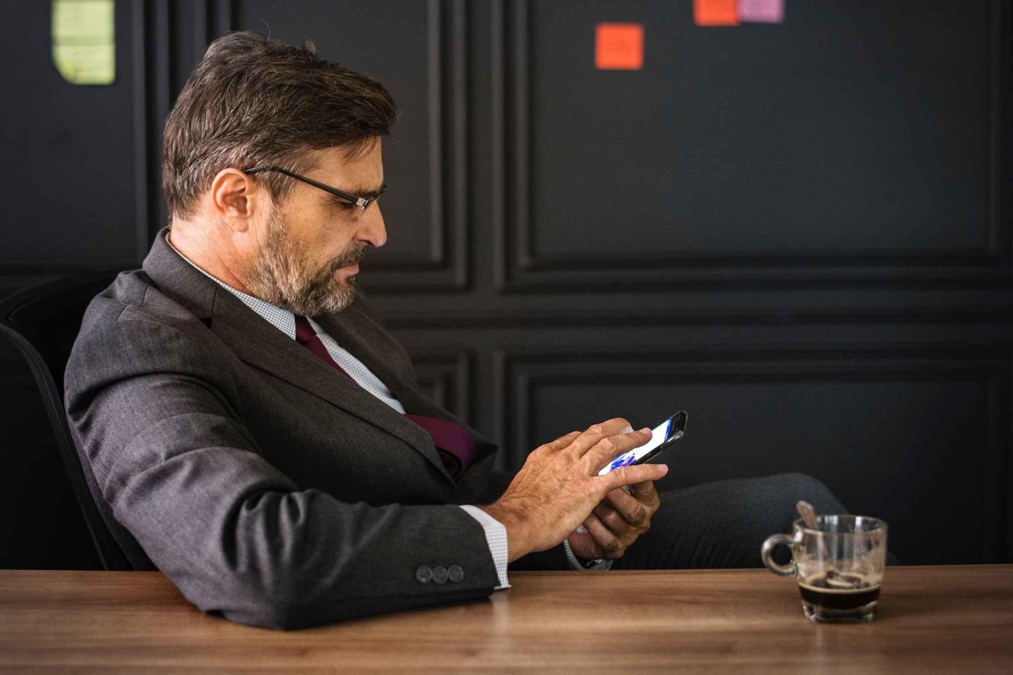 Møtebooking: Hvordan oppnå flere B2B salgsmøter med dine leads?