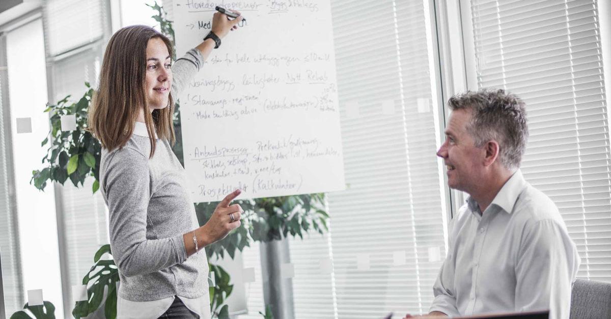 Hva er et 'omvendt intervju' når du søker jobb?